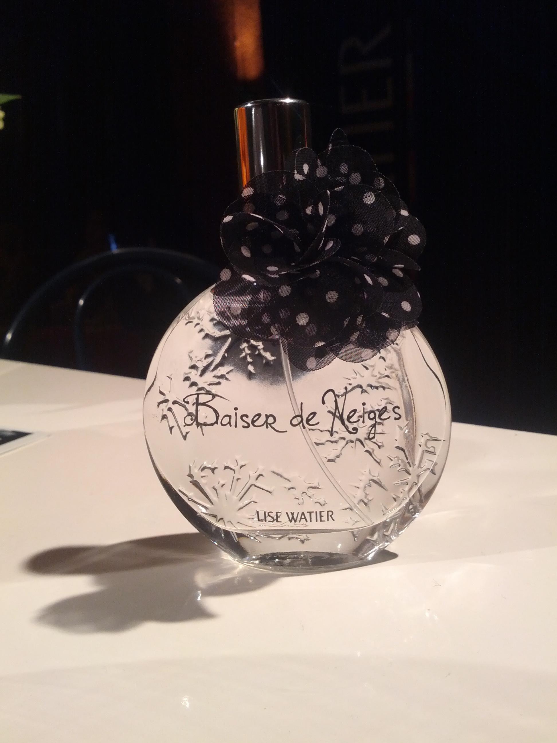 Super Watier Comparer Neige CherGriseBlanche Pas Parfum Lise cFJlK1